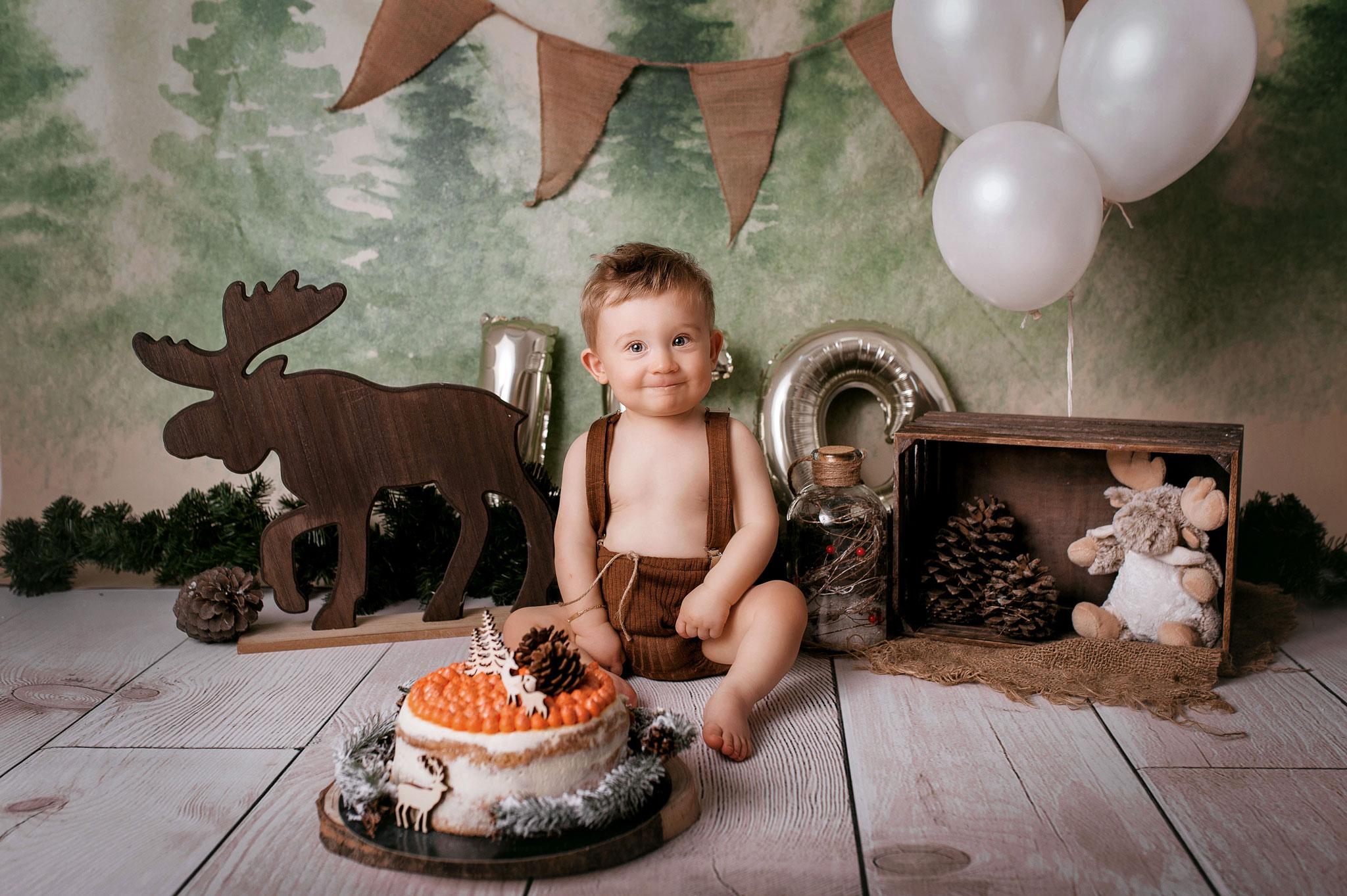 photographe studio bébé beaujolais lyon smash cake