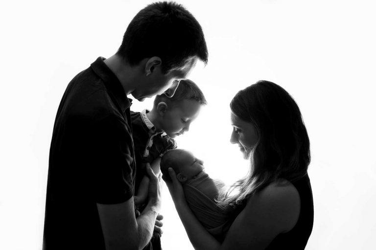 Photographe de naissance famille bébé lyon villefranche sur saône