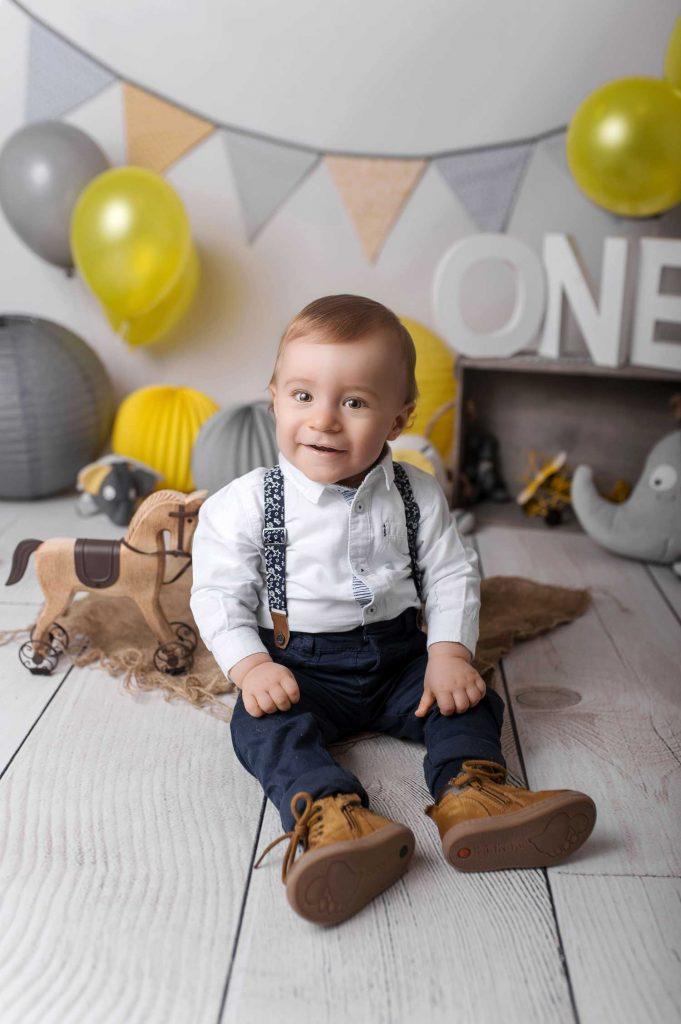 Photographe de bébé Villefranche sur Saône Beaujolais studio enfant portrait