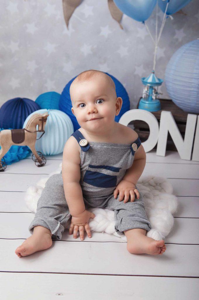 Photographe de bébé studio Villefranche sur Saône Lyon Arnas studio bébé enfant famille